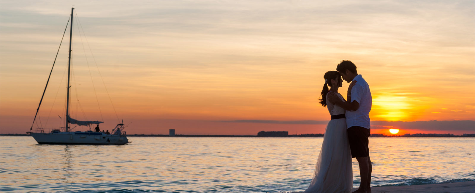 Isla Mujeres photographer, wedding, family, engagements