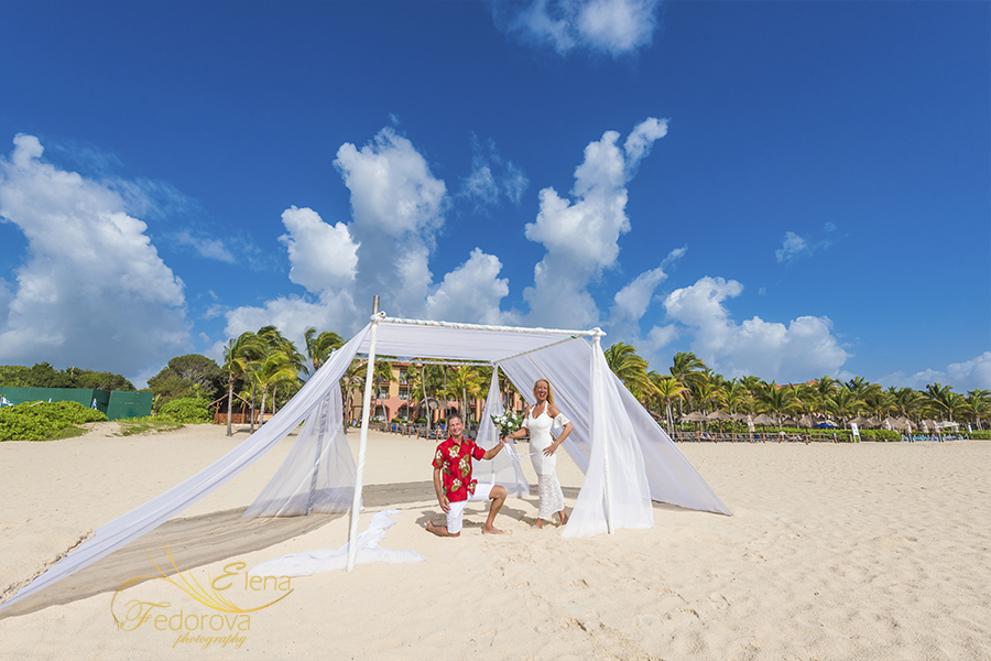 destination wedding decor in isla mujeres