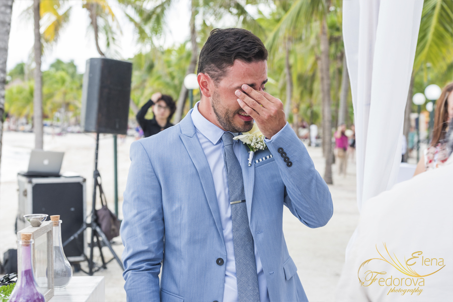 groom crying wedding isla mujeres