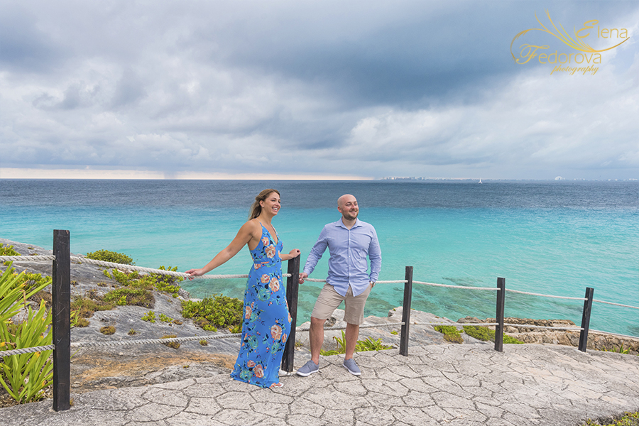 cloudy day photo shoot isla mujeres