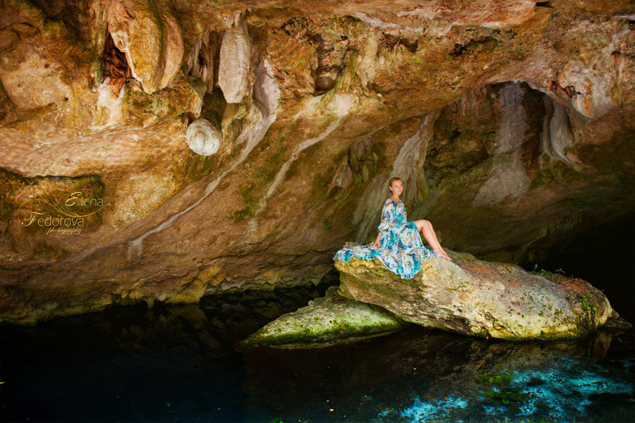 isla mujeres in cenote photo session