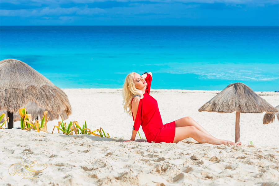 isla mujeres lady in red